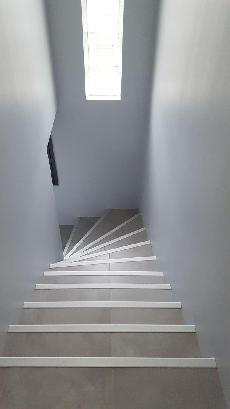 Rénover La Cage D Escalier D Une Maison Des Années 1980
