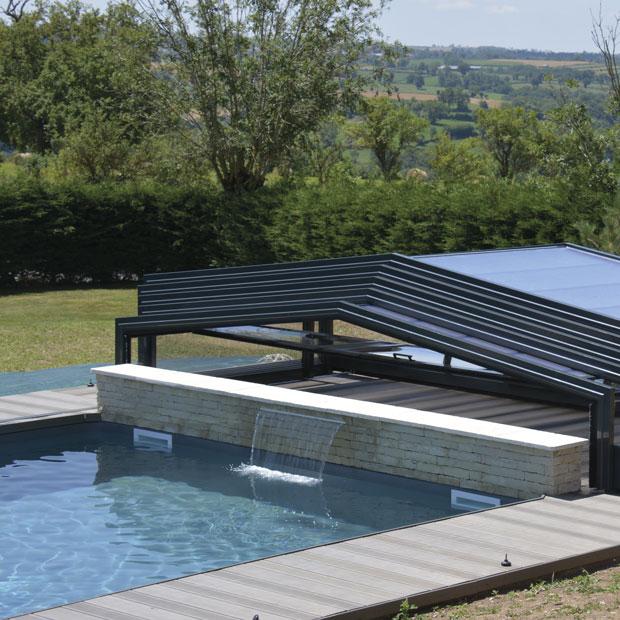 une piscine bien couverte s 39 utilise toute l 39 ann e ma maison. Black Bedroom Furniture Sets. Home Design Ideas