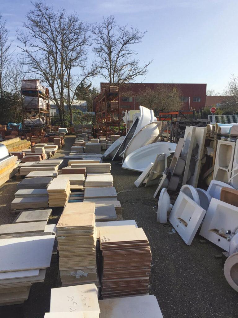 Recyclo'bat recyclage Toulouse bois carrelages sanitaires
